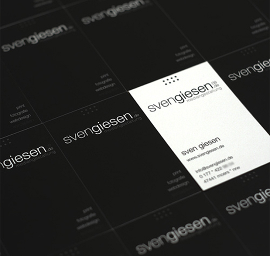 Sven Giessen's Black and White Business Card